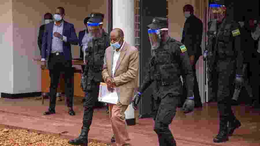 Paul Rusesabagina foi preso hoe em Kigali, Ruanda - STRINGER/AFP