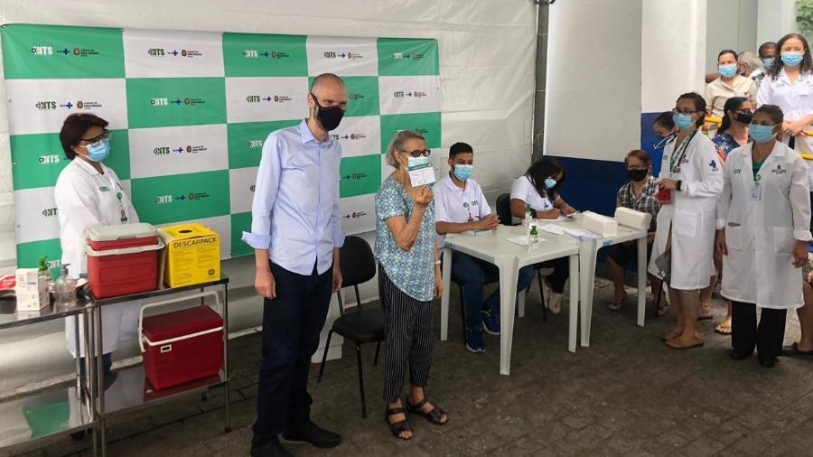 Expectativa da Prefeitura de São Paulo é que 20 mil sejam vacinadas nesse grupo prioritário - Lucas Borges Teixeira/UOL