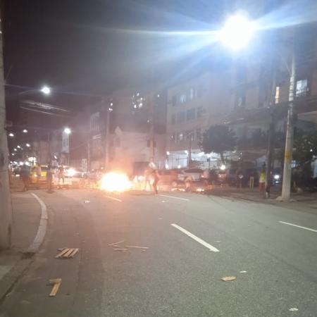 Rio registrou mais uma morte por tiro, agora numa favela vizinha à em que Kathlen estava quando foi morta, gerando novos protestos - Reprodução/Facebook