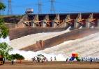 Em plena falta de água em parte do país, Itaipu abre as comportas  (Foto: Alexandre Marchetti/ Itaipu Binacional)