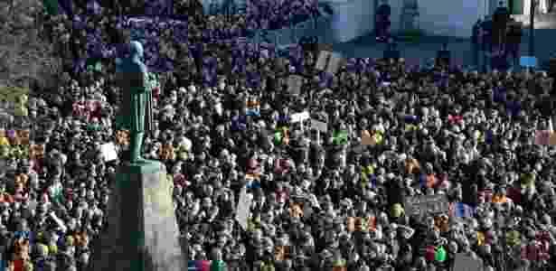 Protestos exigiram a renúncia do premiê - Stigtryggur Johannsson/Reuters