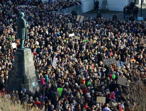 Protestos exigiram a renúncia do premiê
