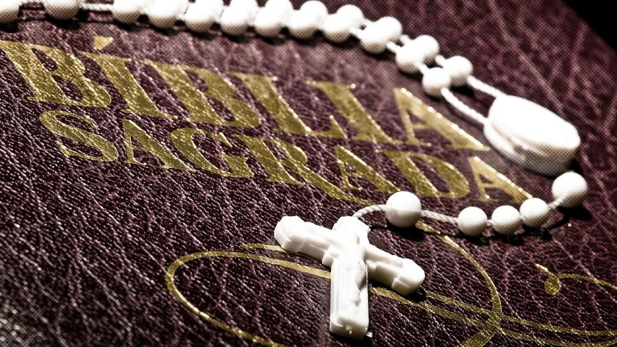 Cerca de 340 milhões de cristãos foram perseguidos no mundo em 2020 - Arte/UOL