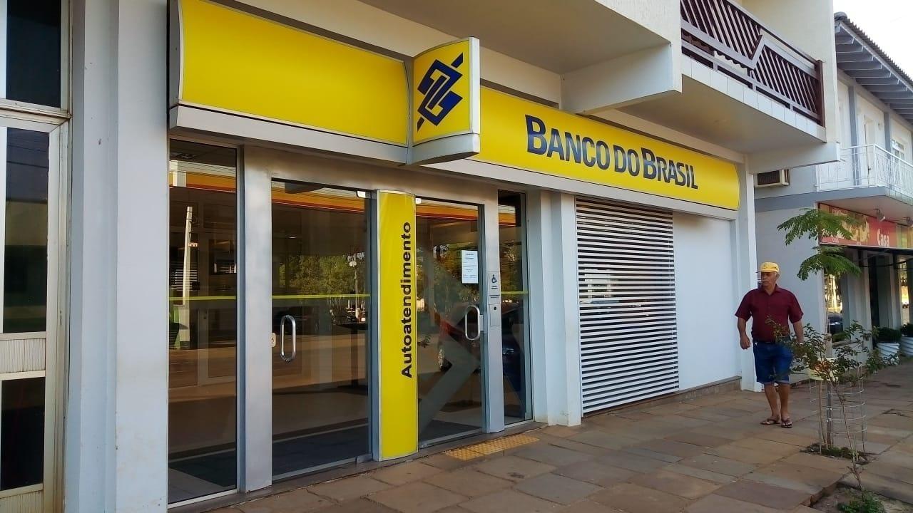 nega irregularidade na venda de dívidas atrasadas ao BTG -  28/07/2020 - UOL Economia