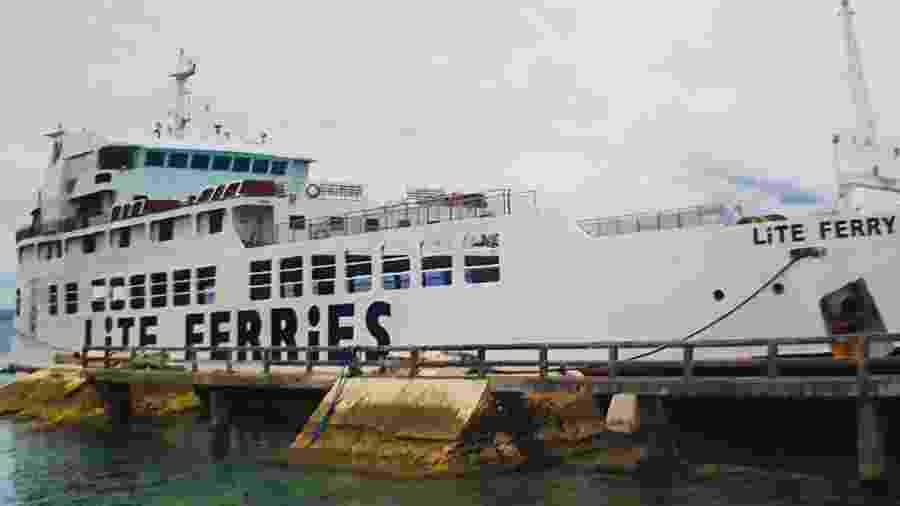 Embarcação, que fazia o trajeto entre as cidades de Zebu e Dapitan, levava 136 passageiros e 38 tripulantes - HO / Philippine coast Guard (PCG) / AFP