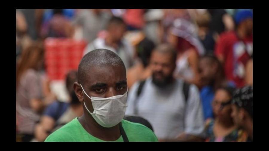 Há 301 casos confirmados do novo coronavírus no Brasil, de acordo com o Ministério da Saúde - AFP