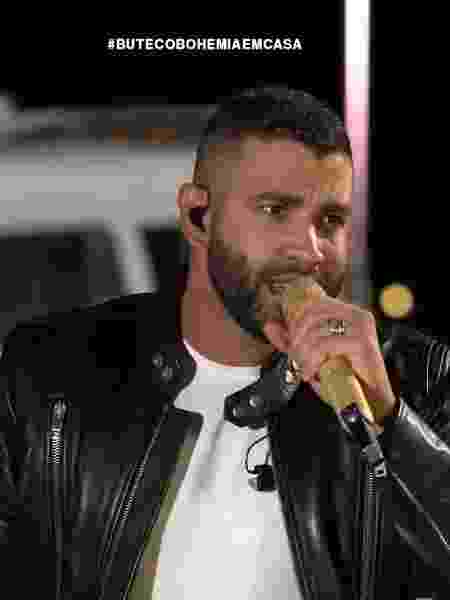 Gusttavo Lima em live - Reprodução