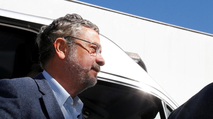 A defesa de Palocci diz que o ex-ministro foi vítima de fraude; sistema mostra que ex-petista devolveu o dinheiro - Rodolfo Buhrer