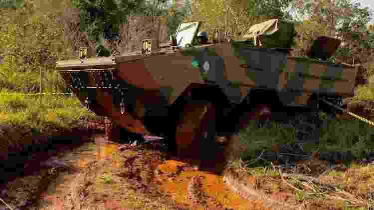 Iveco, empresa italiana com fábrica em Minas Gerais, já entregou 440 blindados - 17º RC MEC/ EXÉRCITO BRASILEIRO - 17º RC MEC/ EXÉRCITO BRASILEIRO