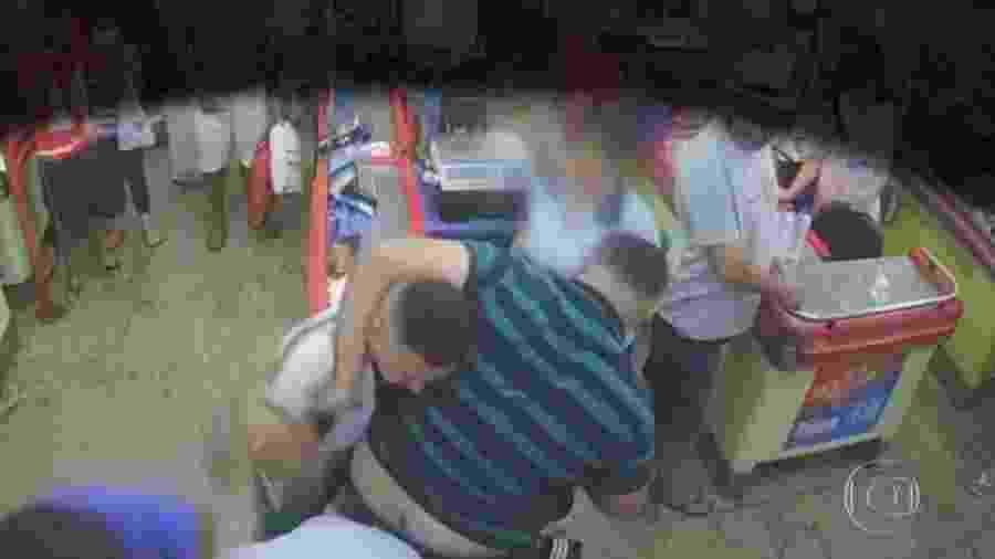 Briga em supermercado em Sorocaba teve início após cliente não usar máscara - Reprodução/TV Globo