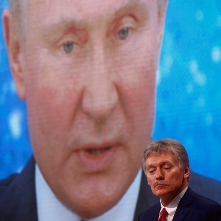 """Arquivo - Peskov classificou de """"profissional"""" a conversa dos dois presidentes e disse que durou """"bastante tempo"""" - MAXIM SHEMETOV/REUTERS"""