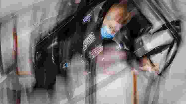 Médica Hayley Arceneaux em teste da centrífuga em movimento - Inspiration4/John Kraus - Inspiration4/John Kraus