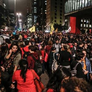 Manifestantes se juntam em frente ao Masp, na Paulista - Júnior Lago/UOL