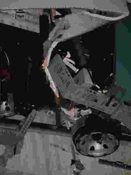 Roda danificada - WILLIAN MOREIRA/FUTURA PRESS/ESTADÃO CONTEÚDO - WILLIAN MOREIRA/FUTURA PRESS/ESTADÃO CONTEÚDO