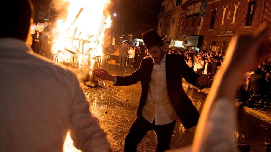 Polícia de Israel prende mais de 300 judeus ortodoxos em Lag Baomer