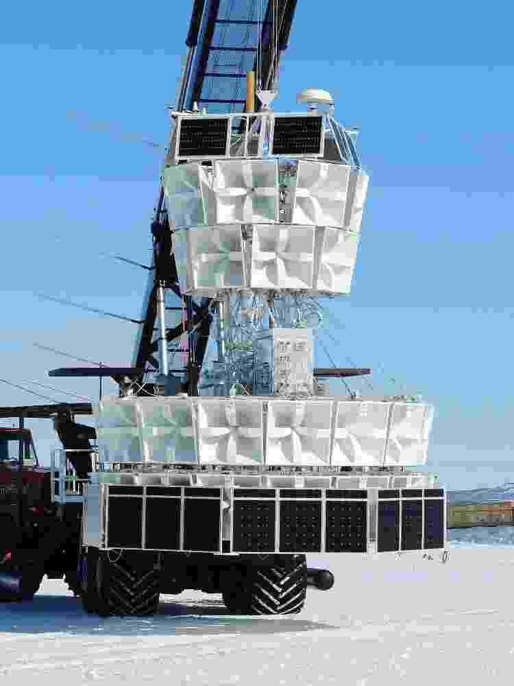 O experimento Anita-IV na Antártica, antes de ser lançado em um balão - Divulgação/Creative Commons