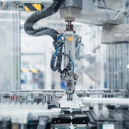 Produção industrial brasileira registrou alta de 3,2% em agosto na comparação com julho - Getty Images / Westend61