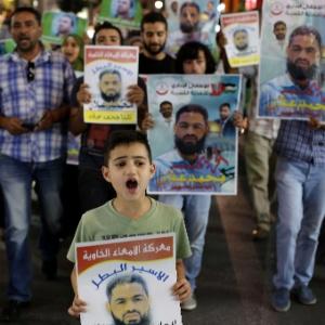 Mohamed Allan teve o coma induzido antes do anúncio da resolução do Supremo Tribunal de suspender sua detenção administrativa, sem indiciamento e sem julgamento