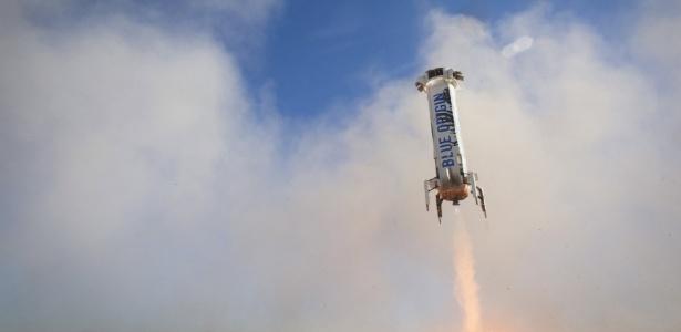 Foguete da Blue Origin faz pouso no Texas - Divulgação Blue Origin via Reuters