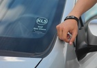 Desencane da chave na praia! Pulseira à prova d'água tranca o carro (Foto: Divulgação)