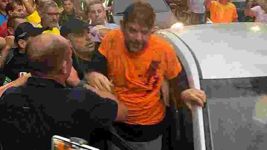 O senador Cid Gomes (PDT-CE) foi baleado na tarde desta quarta-feira (19) em meio a um protesto de policiais que reivindicam aumento salarial - Sobral 24 HORAS