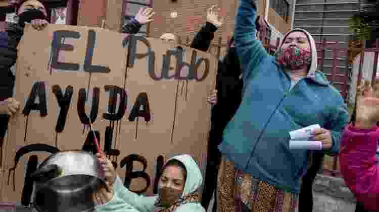 a capital Santiago, onde houve protestos por causa da difícil situação econômica criada no país pela pandemia - AFP