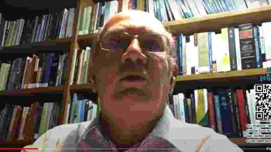 O ministro do STF Gilmar Mendes, durante debate sobre o SUS e o Fundeb, neste sábado (1) - Reprodução