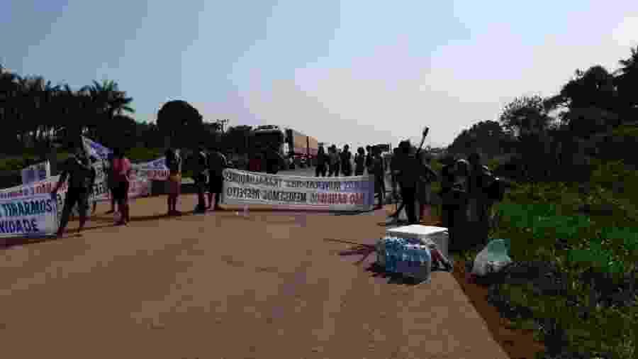Índios e garimpeiros interditaram trecho da rodovia BR-230, Itaituba, no oeste do Pará - Polícia Rodoviária Federal / Divulgação