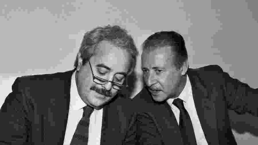 Os juízes italianos Paolo Borsellino e Giovanni Falcone foram mortos em atentados  - Enzo Brai/Mondadori via Getty Images