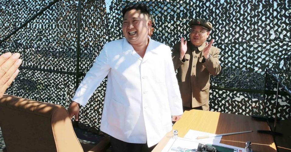Kim Jong-Un após teste de foguete