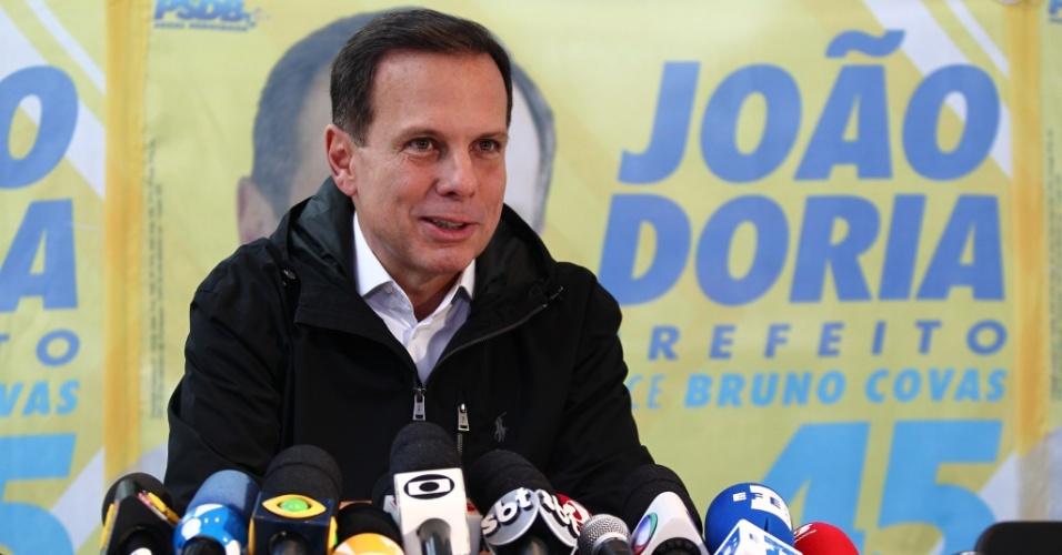 3.out.2016 - João Doria (PSDB) concede entrevista coletiva um dia após ser eleito prefeito de São Paulo. O tucano venceu as eleições com 53,29% dos votos válidos