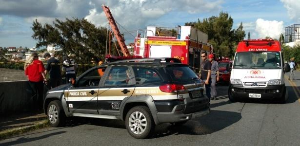Motorista do Uber é assaltado e jogado em vala de 20 m em BH