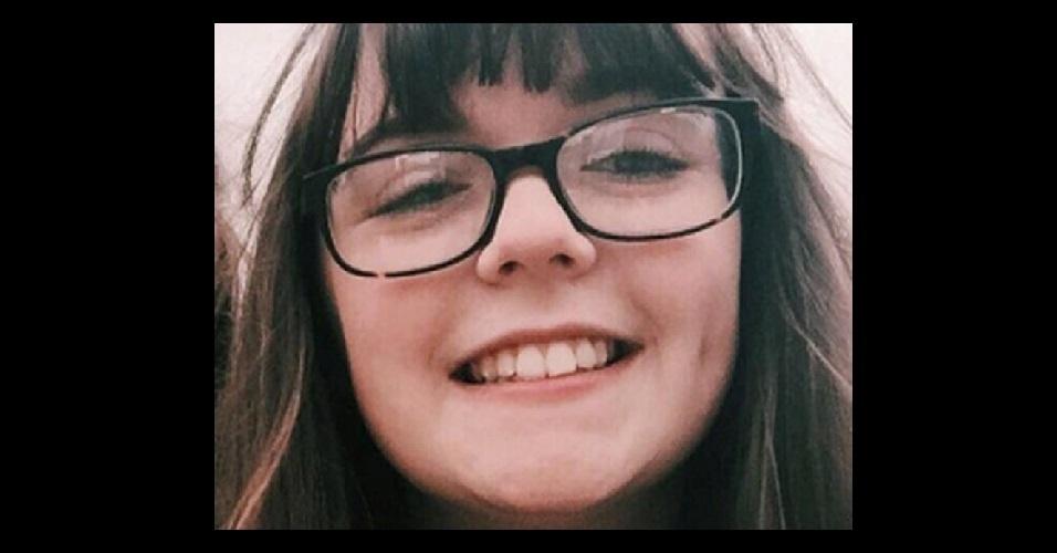 Georgina Callander, 18 anos, foi uma das vítimas a ter a morte confirmada. Ela era estudante de saúde e assistência social no colégio de Runshaw, na Inglaterra.