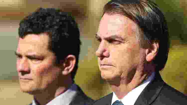 O presidente Jair Bolsonaro e o ministro da Justiça, Sergio Moro, participaram da cerimônia de comemoração do 154º Aniversário da Batalha Naval do Riachuelo - Andre Coelho/Folhapress