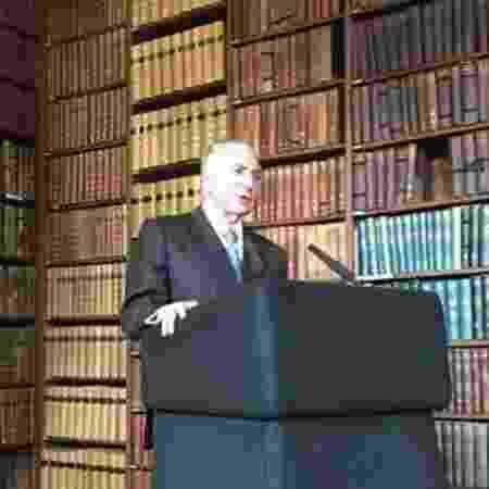 15.out.2019 - O presidente Michel Temer em palestra na Oxford Union, na Inglaterra - Reprodução - 15.out.2019/Twitter/OxfordUnion
