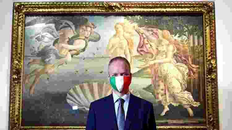 Distanciamento social estrito e uso obrigatório de máscaras faciais estão em vigor nos museus e galerias da Itália - Reuters - Reuters