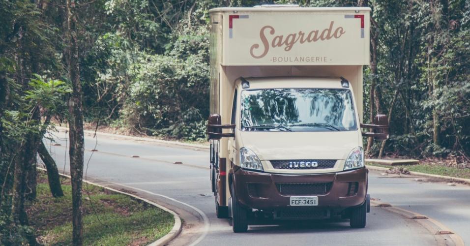 Van da Sagrado Boulangerie, padaria móvel que atende Alphaville (SP)