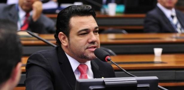 Deputado Feliciano nega o estupro de militante de seu partido