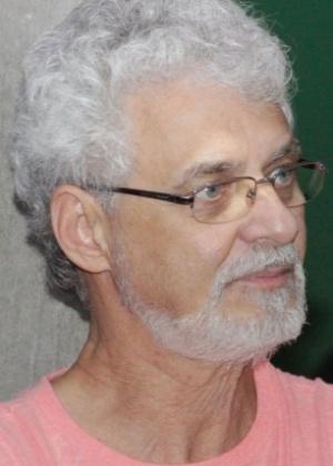 O cientista político Benedito Tadeu Cesar acusa a rádio da UFRGS de censura