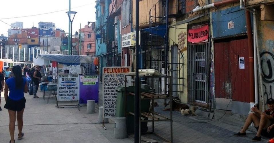 Maior favela da cidade tem 40 mil habitantes e mais de 800 estabelecimentos comerciais