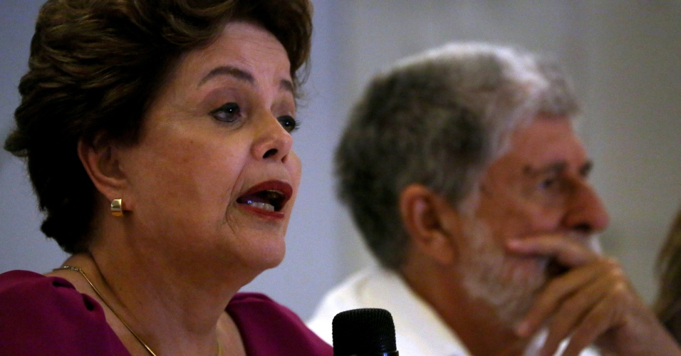 Ex-presidente Dilma Rousseff e ex-ministro Celso Amorim, ambos do PT, concedem entrevista à imprensa internacional