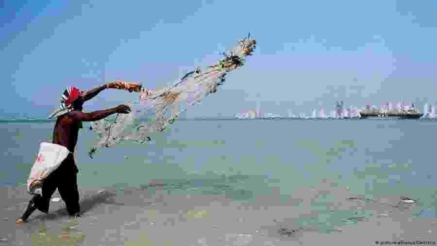 Pescadores de Tierra Bomba usam dinamite para pescar há décadas - picture-alliance/Demotix