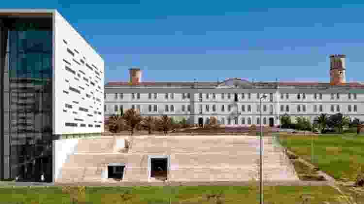 O prédio da reitoria da Universidade Nova de Lisboa, em Portugal; abertura do sistema universitário do país facilitou entrada de brasileiros - Reprodução/Universidade Nova de Lisboa