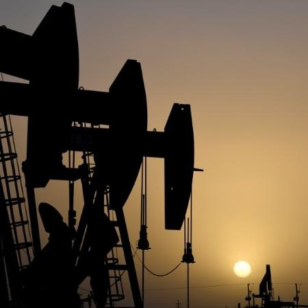 Sonda para bombeamento de petróleo em Midland, Texas (EUA) - Nick Oxford