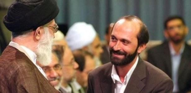 Saeed Tousi (à direita) em encontro com o líder supremo do país, o aiatolá Ali Khamenei