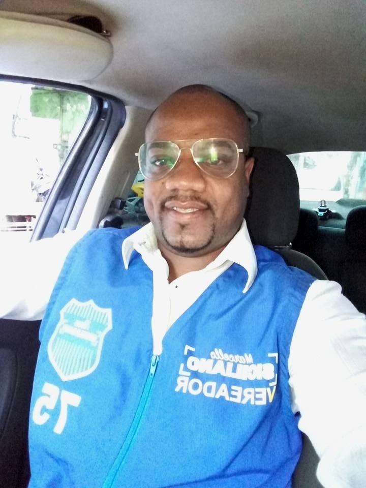 Colaborador de vereador ouvido no caso Marielle é assassinado no Rio -  09 04 2018 - UOL Notícias 70fe8e03c5f43