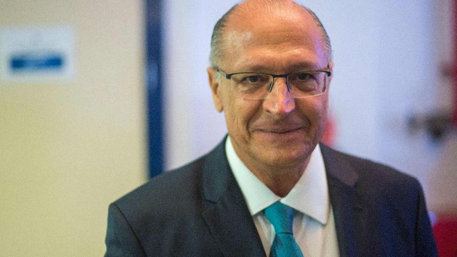 Alckmin foi denunciado pelo MP por falsidade ideológica eleitoral, corrupção passiva e lavagem de dinheiro - Daniel Ramalho/AFP