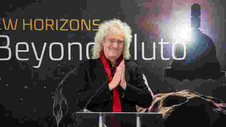 Brian May, guitarrista da banda de rock Queen e astrofísico, discute o sobrevoo da New Horizons no Cinturão de Kuiper da Ultima Thule no Laboratório de Física Aplicada da Universidade Johns Hopkins (APL) em Laurel, Maryland, EUA - Bill Ingalls/Nasa/Reuters - Bill Ingalls/Nasa/Reuters