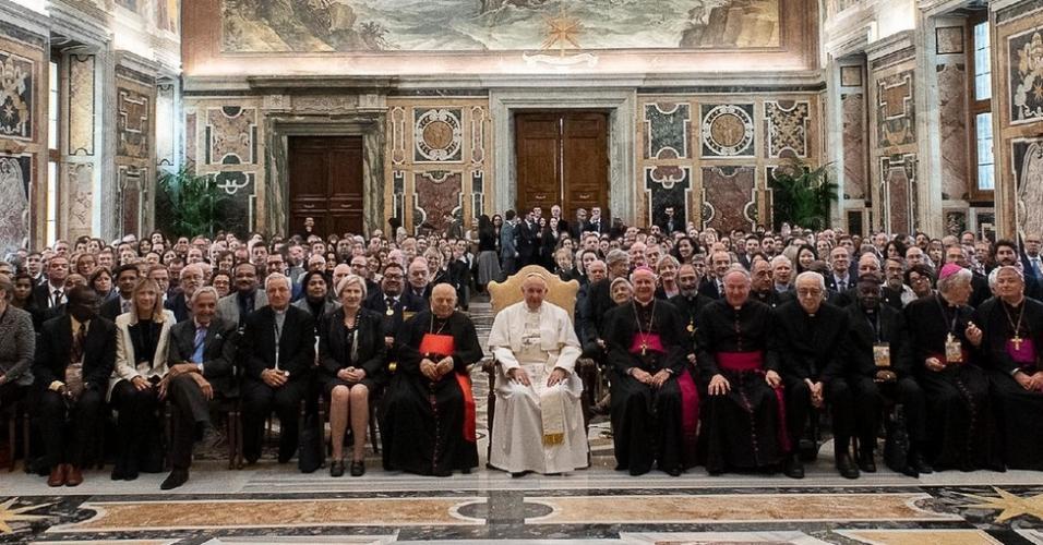 Papa Francisco na abertura do encontro da Academia Pontifícia da Vida, que discutiu questões éticas e morais em torno da tecnologia