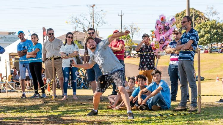 Mobile Phone Throwing Event is in its 12th edition - Rubens Fraulini / Itaipu Binacional